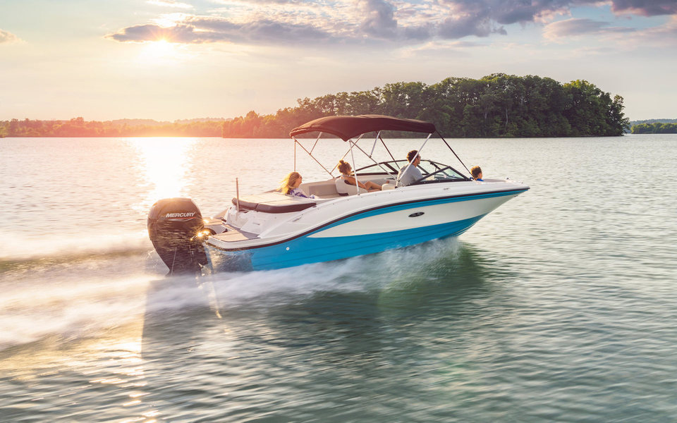 360 VR Virtual Tours of the Sea Ray SPX 210 Outboard