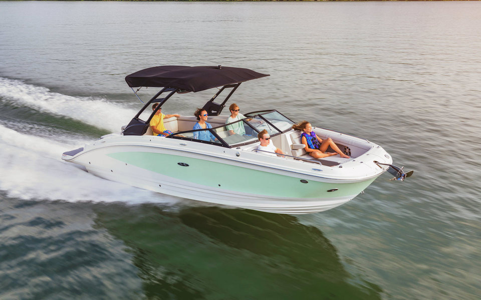 360 VR Virtual Tours of the Sea Ray SDX 270